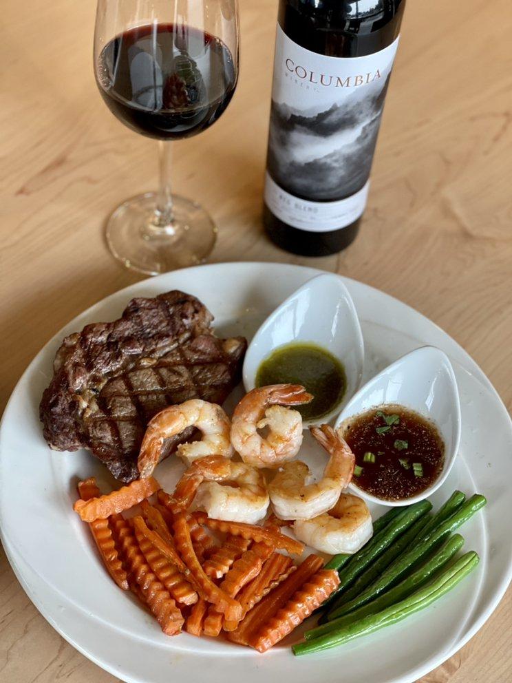 Kuni's Thai Cuisine: 101 E Hastings Rd, Spokane, WA