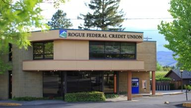 Rogue Credit Union: 415 Lithia Way, Ashland, OR