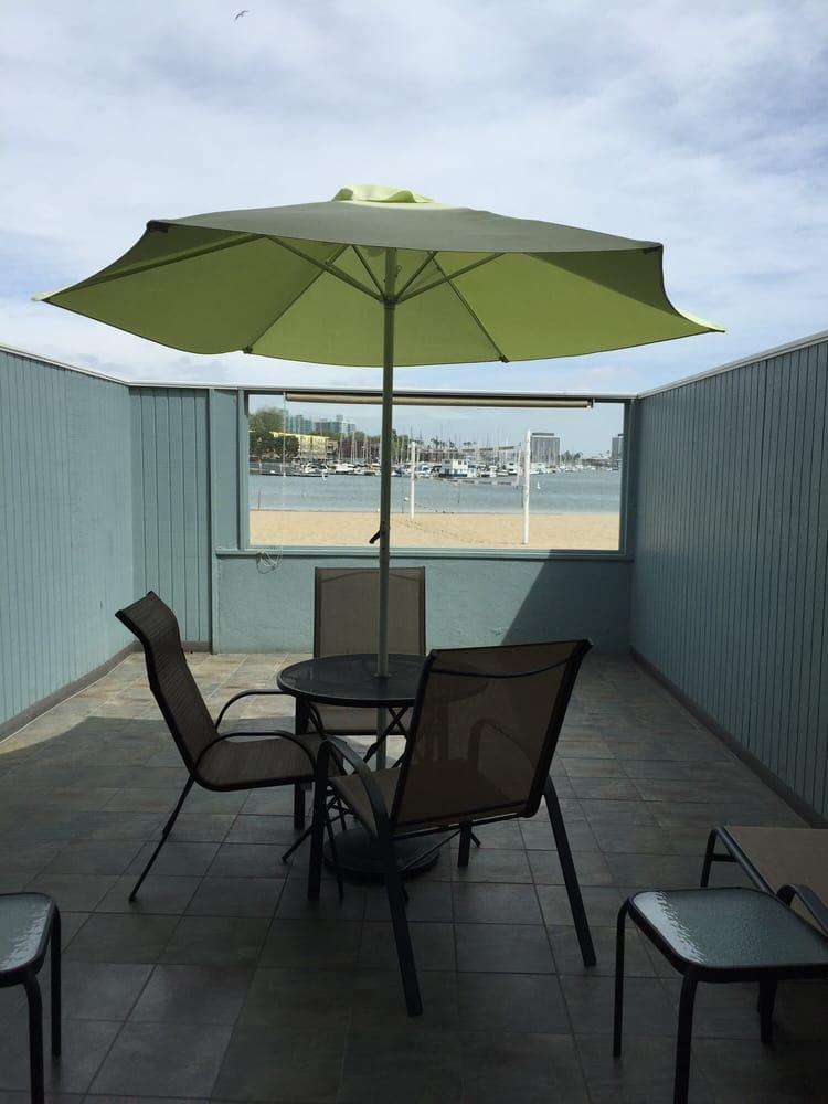Foghorn Harbor Inn: 4140 Via Marina, Marina Del Rey, CA
