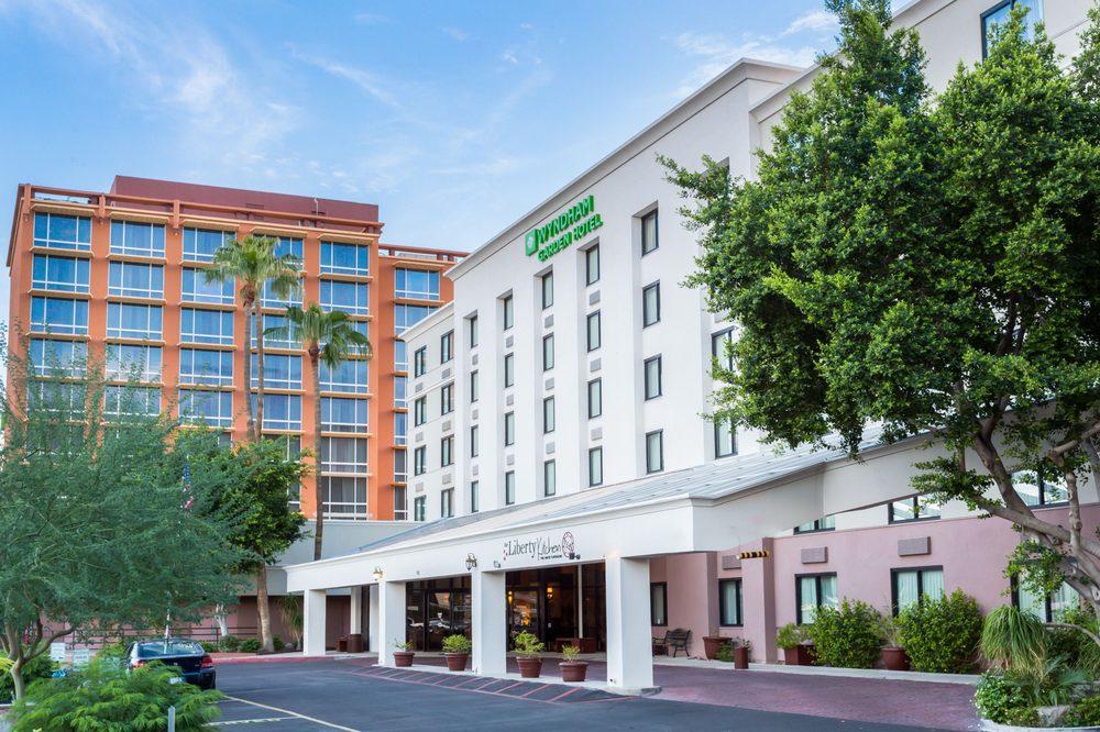 Wyndham Garden Phoenix Midtown 88 Photos 111 Reviews Hotels 3600 N 2nd Avenue Az Phone Number Yelp