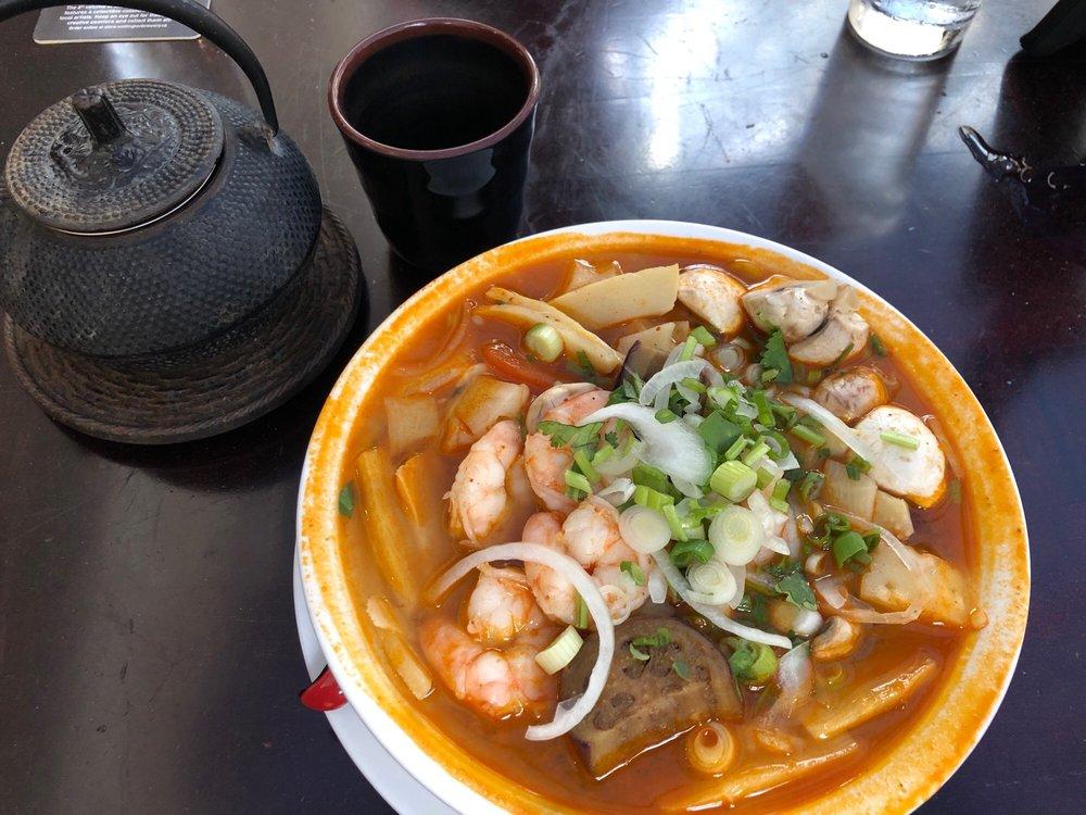 Red Papaya Thai & Grill