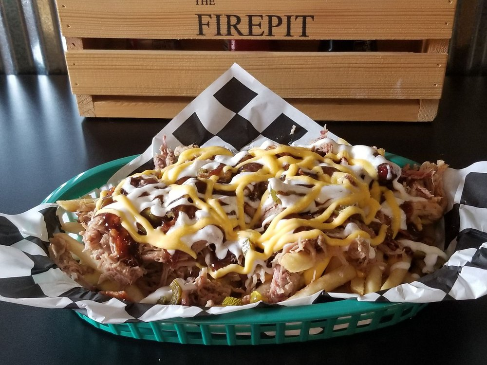 The Firepit  BBQ: 532 Maple St, Chetopa, KS