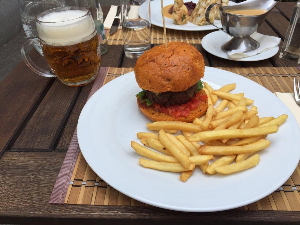 Forman Beef and Beer: Česká 29, Brno, JM