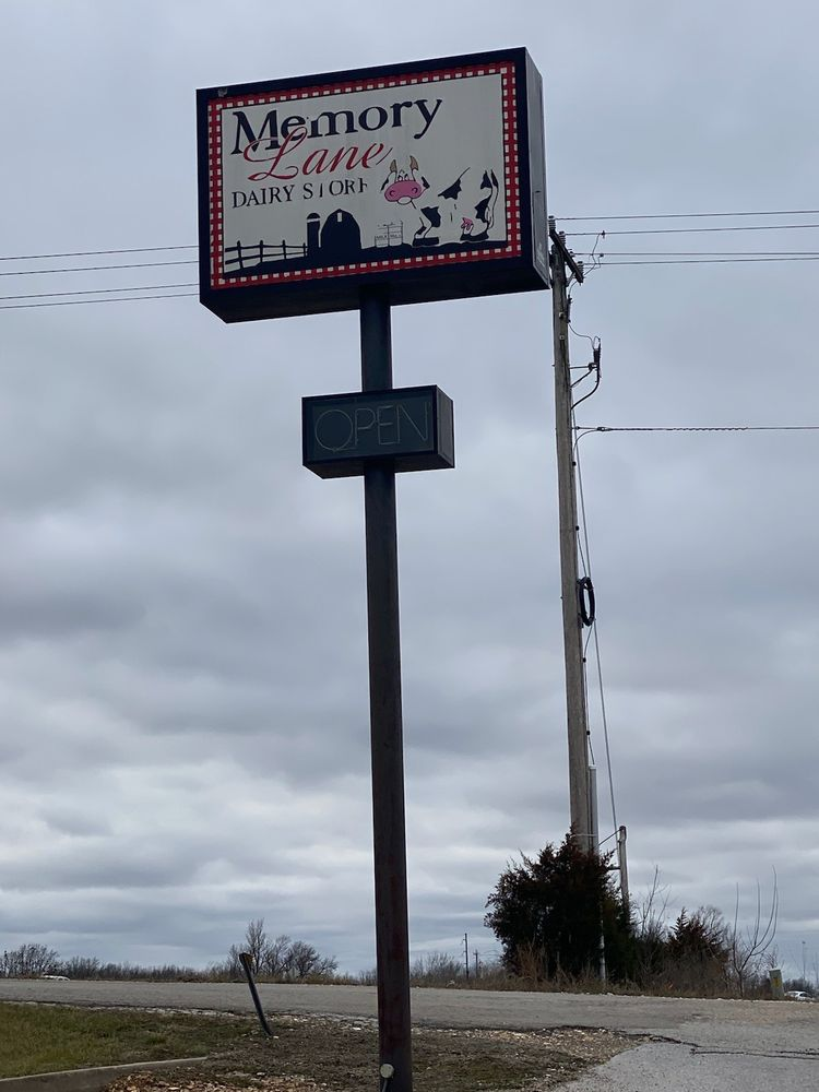 Memory Lane Dairy Store: 42 Rose Petal Ln, Fordland, MO