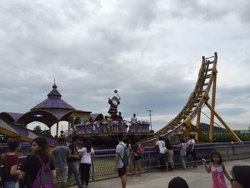 weakness of enchanted kingdom theme park Discusses about enchanted kingdom's production structure, process flow, its  observed best practices and weaknesses, and the action plan recommended by   for more than a decade now, the very first and only world-class theme park in  the.
