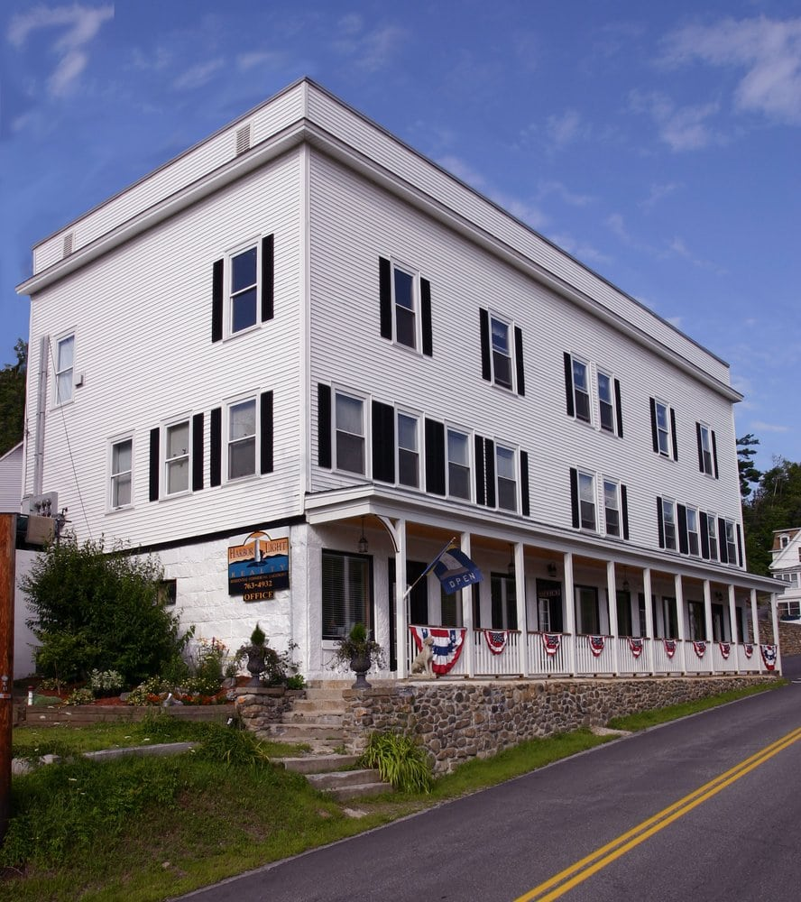 Harbor Light Realty: 41 Main St, Sunapee, NH