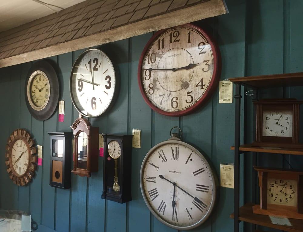 Amana Furniture and Clock Shop: 724 48th Ave, Amana, IA