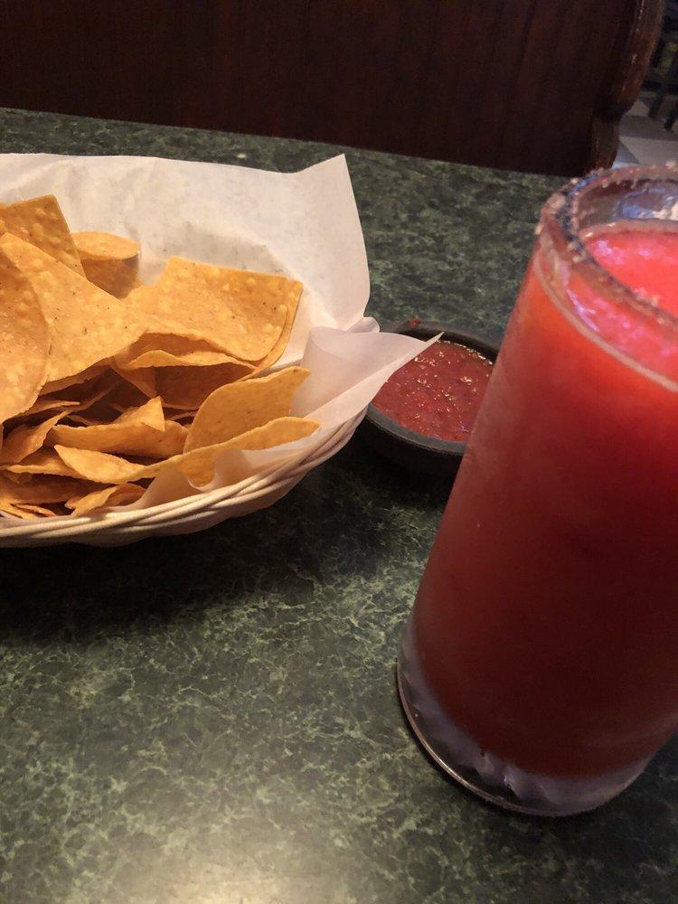 Chapultepec Mexican Grill: 1522 Hwy 74 N, Tyrone, GA