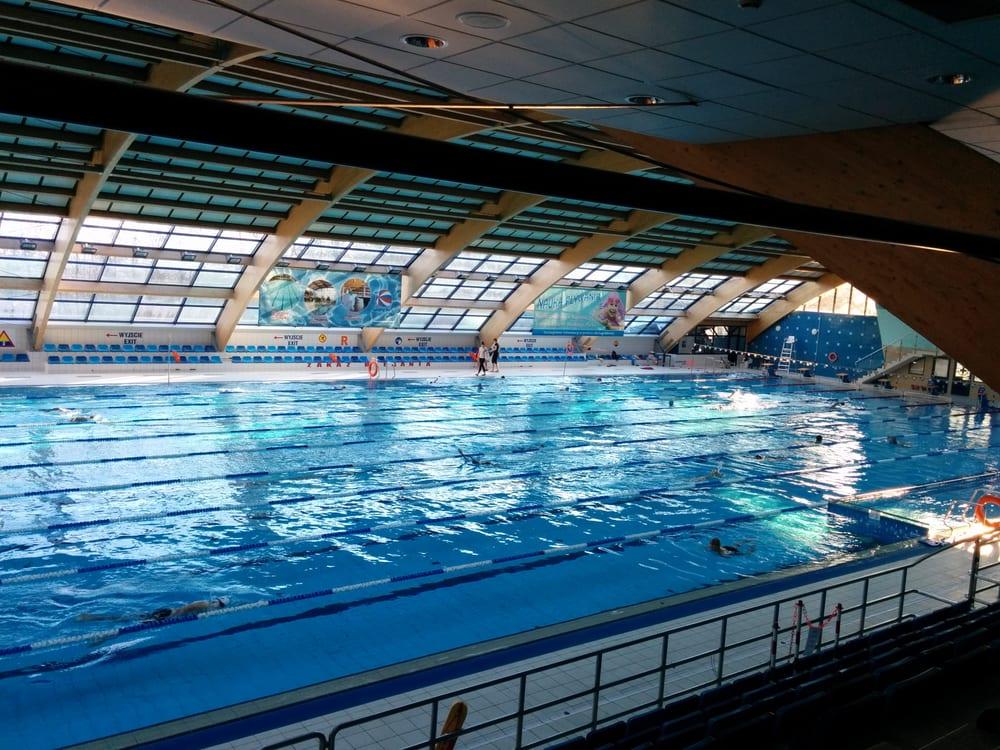 Basen W Wodnym Parku Swimming Pools Ul Merliniego 4