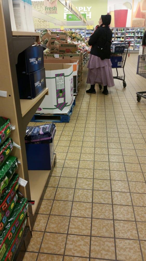 Aldi Supermarket: 520 Village Green Dr SW, Mason City, IA