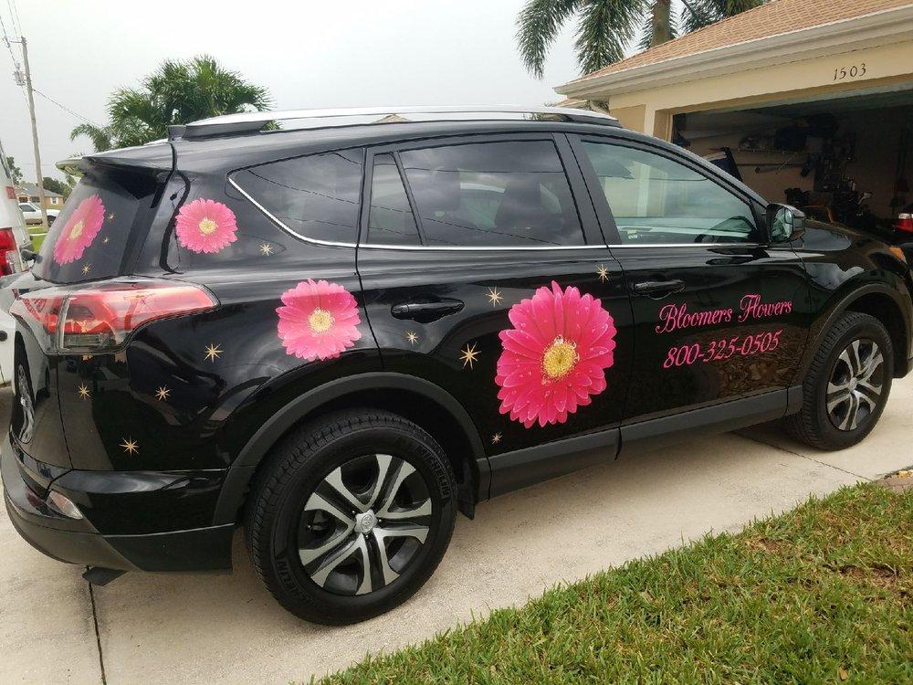 Bloomers Flowers: 4436 Hancock Bridge Pkwy, North Fort Myers, FL