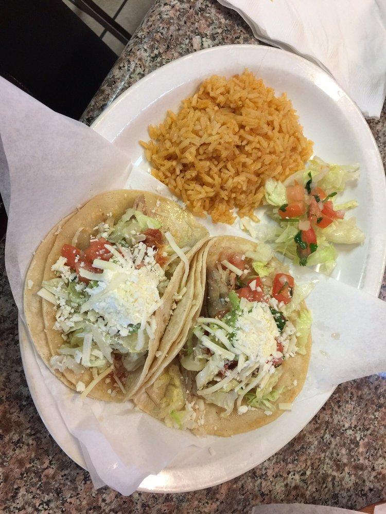 El Rinconcito Restaurant: 31 4th St, Gonzales, CA
