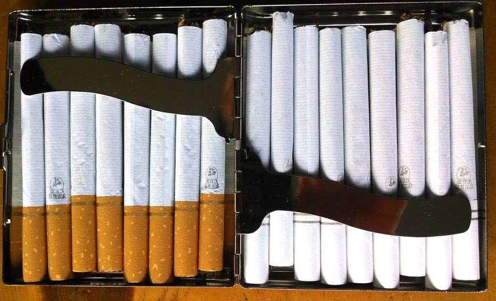 Price of Marlboro light cigarettes in Sweden