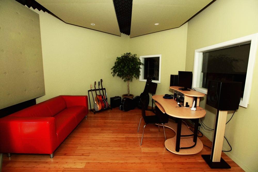 Neighborhood Arts & Music School: 8102 Stonebrook Pkwy, Frisco, TX