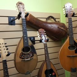 basone guitars 15 photos guitar stores 318 e 5th avenue mount pleasant vancouver bc. Black Bedroom Furniture Sets. Home Design Ideas