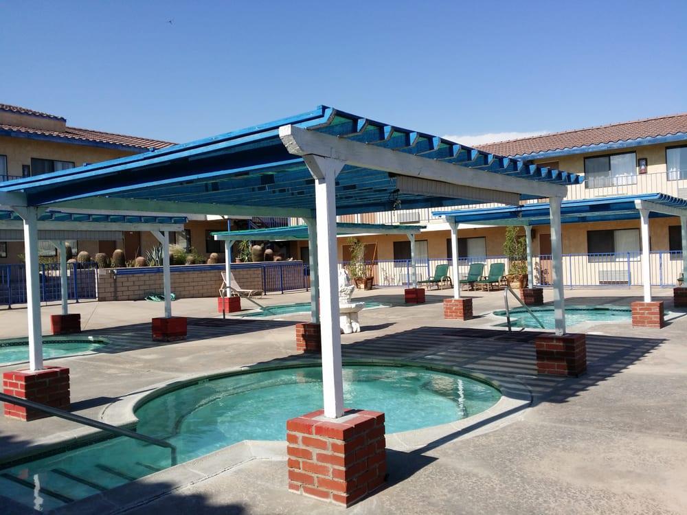 Desert Palms Spa Motel Reviews