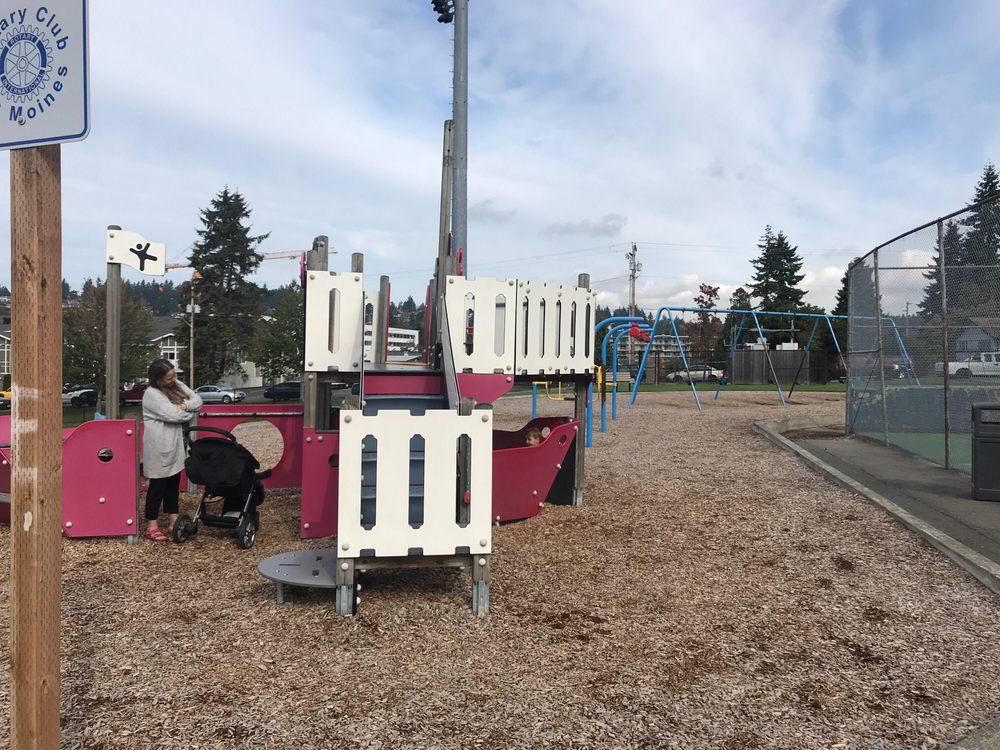 Des Moines Parks, Recreation & Senior Services: 1000 S 220th St, Des Moines, WA