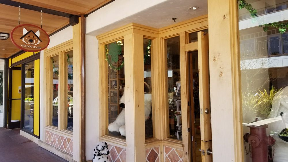The Dog House: 119 Downstairs, Carmel, CA