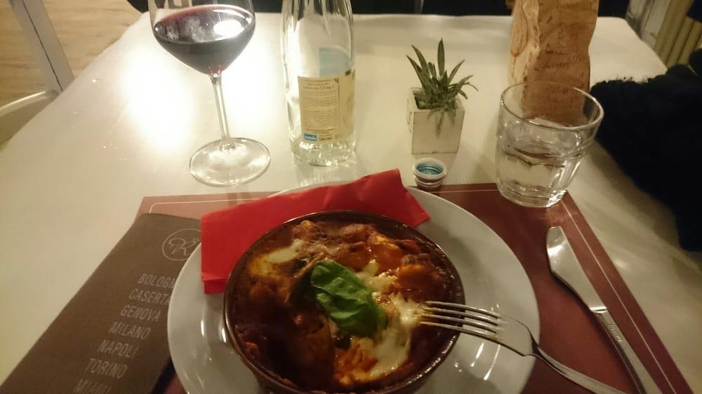 Regina margherita pizzerie via santo stefano 33 for Ristorante in baita vicino a me