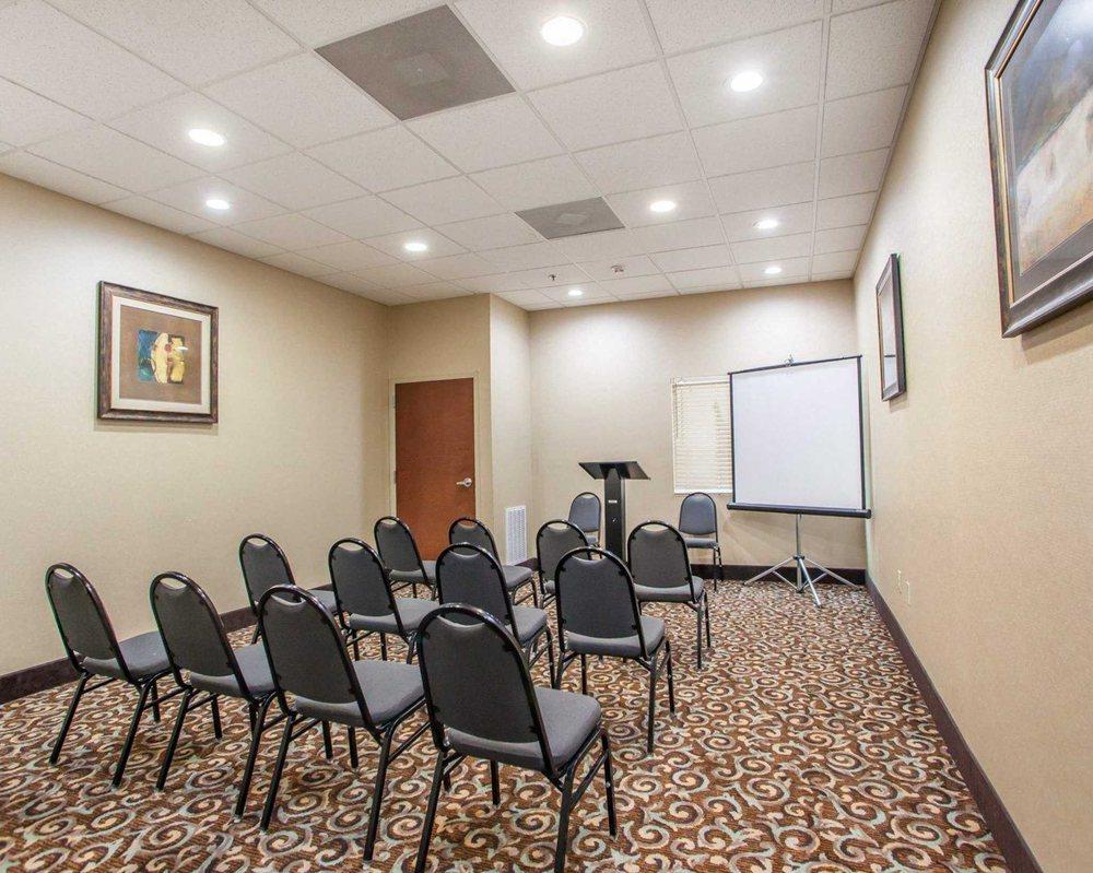 Comfort Inn & Suites Tuscumbia - Muscle Shoals: 5101 Hwy 43 S, Tuscumbia, AL