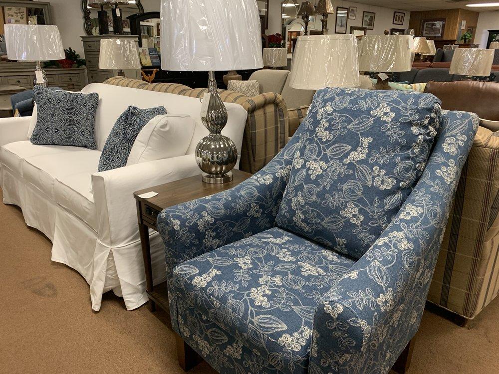 Daniel Furniture & Electric Co Inc: 848 S Main St, Mocksville, NC