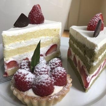 Paris Baguettes Cakes