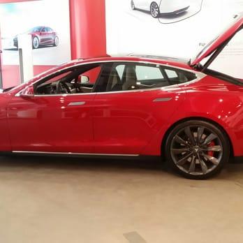 Tesla Motors 12 Photos 12 Reviews Dealerships 511 W 25th St Chelsea New York Ny