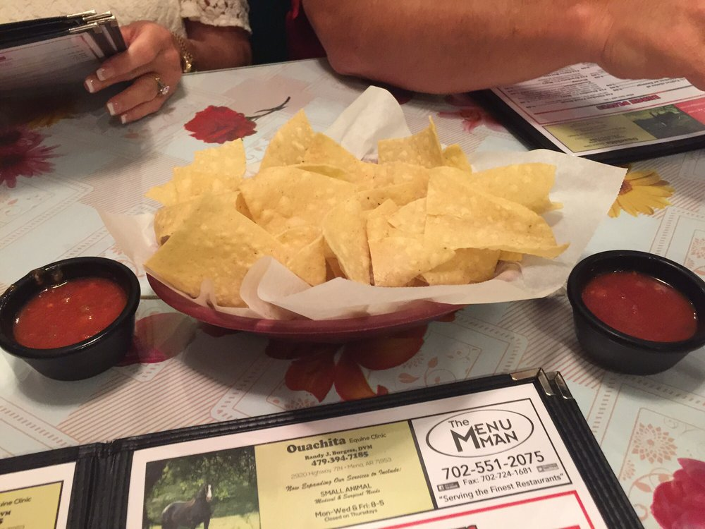 Papa's Mexican Cafe: 1317 Hwy 71 S, Mena, AR