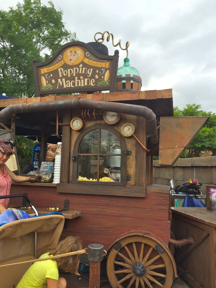Maurice's Amazing Popping Machine: Magic Kingdom Dr, Bay Lake, FL
