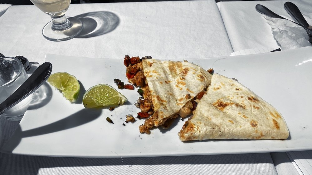 Clara's Cuisine: 8 W Shirley St, Mount Union, PA