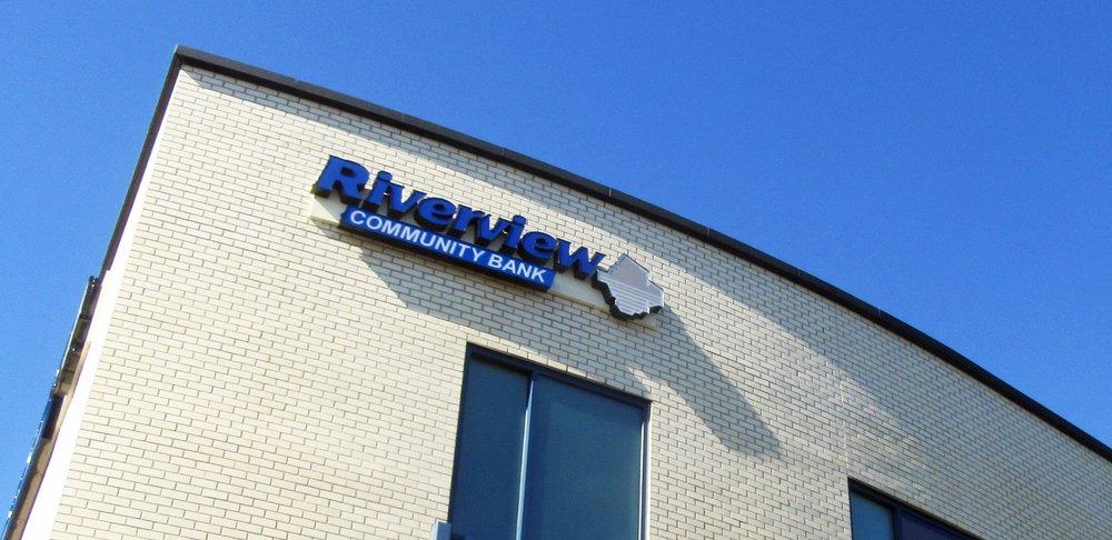 Riverview Community Bank - Montavilla | 9415 SE Stark St, Portland, OR, 97216 | +1 (503) 595-1313
