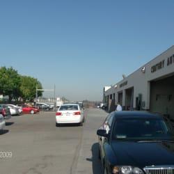 Century auto body chiuso officine carrozzerie 10662 for 2 officine di garage per auto