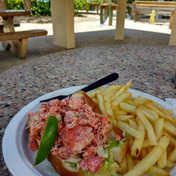 Photo Of Lido Beach Restaurant Sarasota Fl United States Lobster Roll And