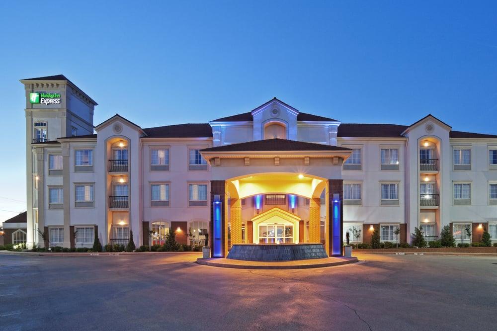 Holiday Inn Express Amp Suites Oklahoma City Penn Square