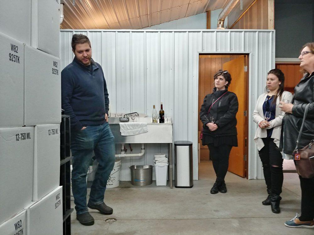 Tanglewood Winery: 15811 Riley St, Holland, MI