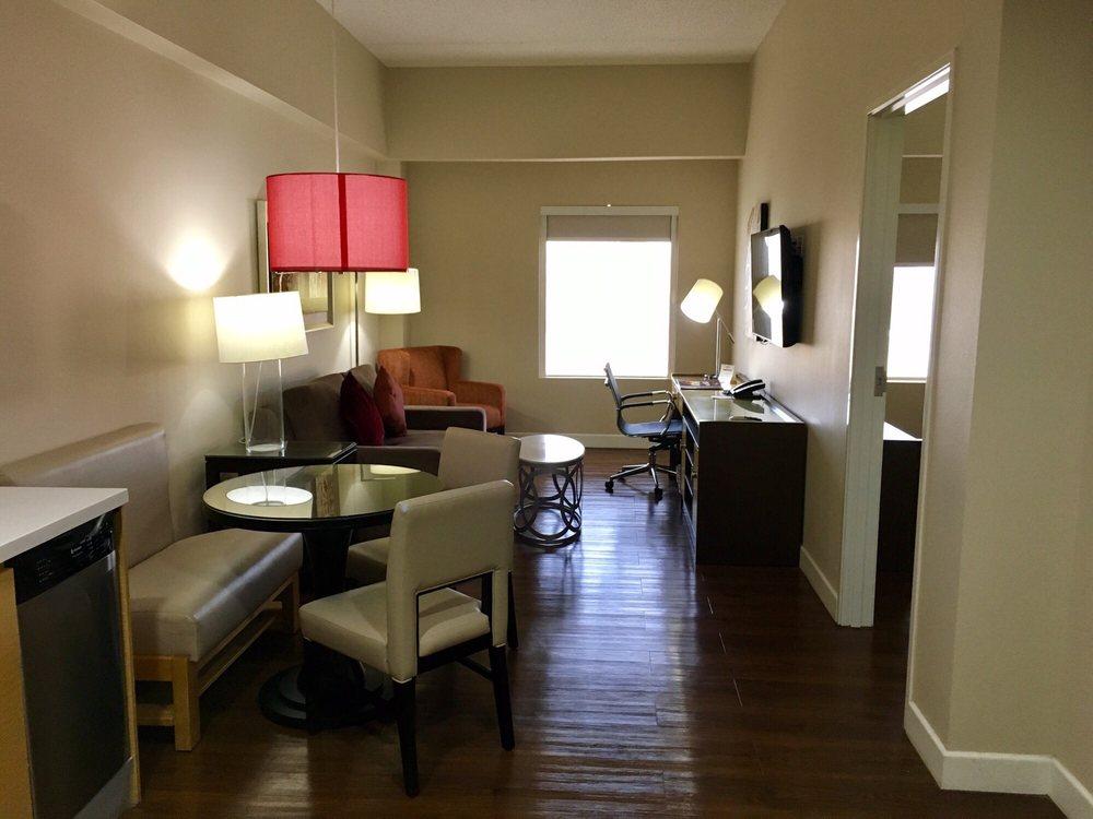Hawthorn Suites By Wyndham Mcallen: 4801 W Expressway 83, Mcallen, TX