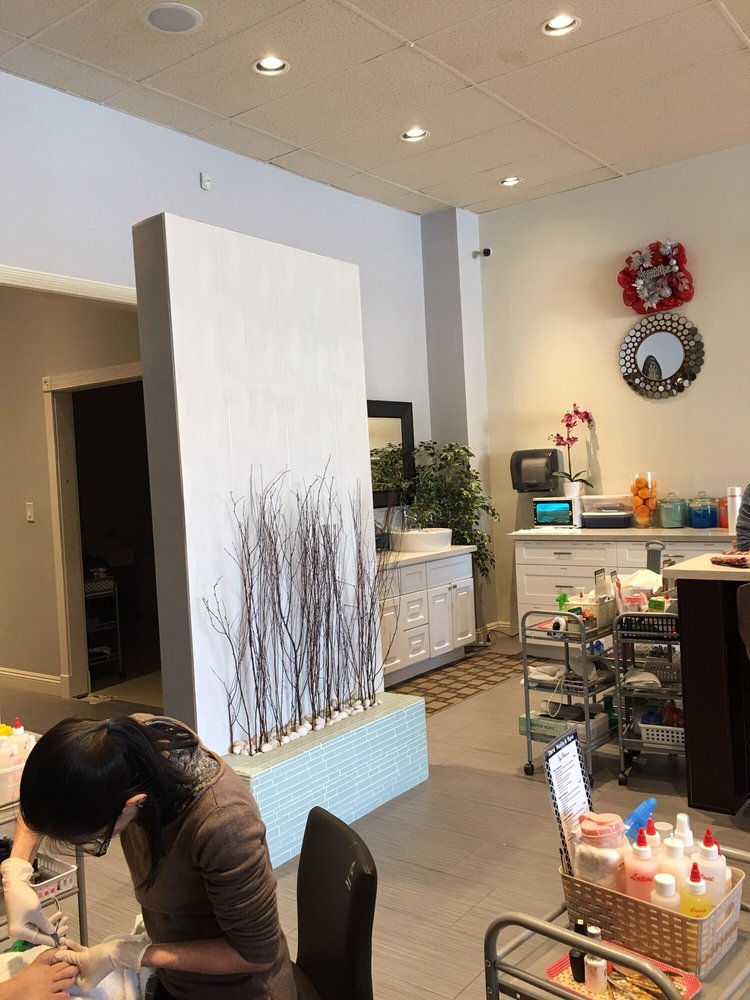 Zara Nails & Spa: 724 N Brea Blvd, Brea, CA