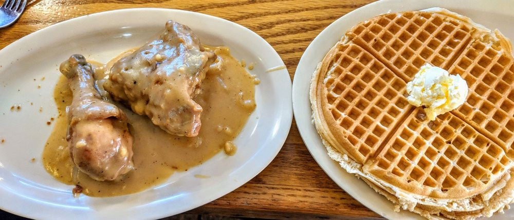 Roscoe's House of Chicken & Waffles - Hollywood