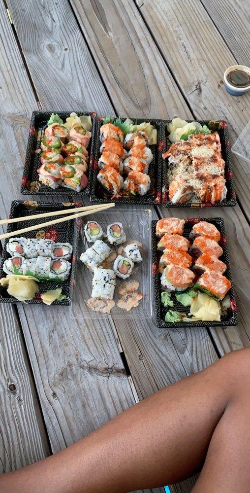 Mandarin Asian Bistro: 4200 Western Blvd, Jacksonville, NC
