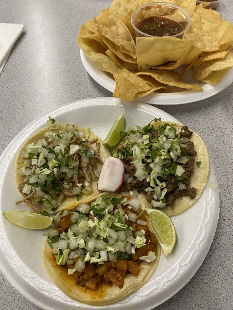 Teotihuacan-lil Wagon Tacos: 982 W State St, Hurricane, UT