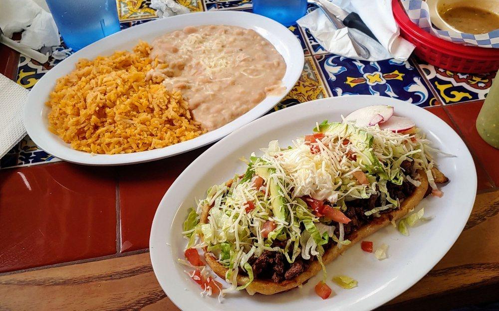 El Rey Del Taco: 321 S Denver Ave, Fort Lupton, CO