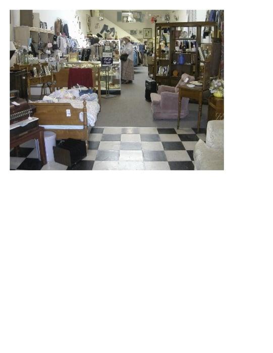 clausen house thrift shop closed 10 photos 40 reviews thrift