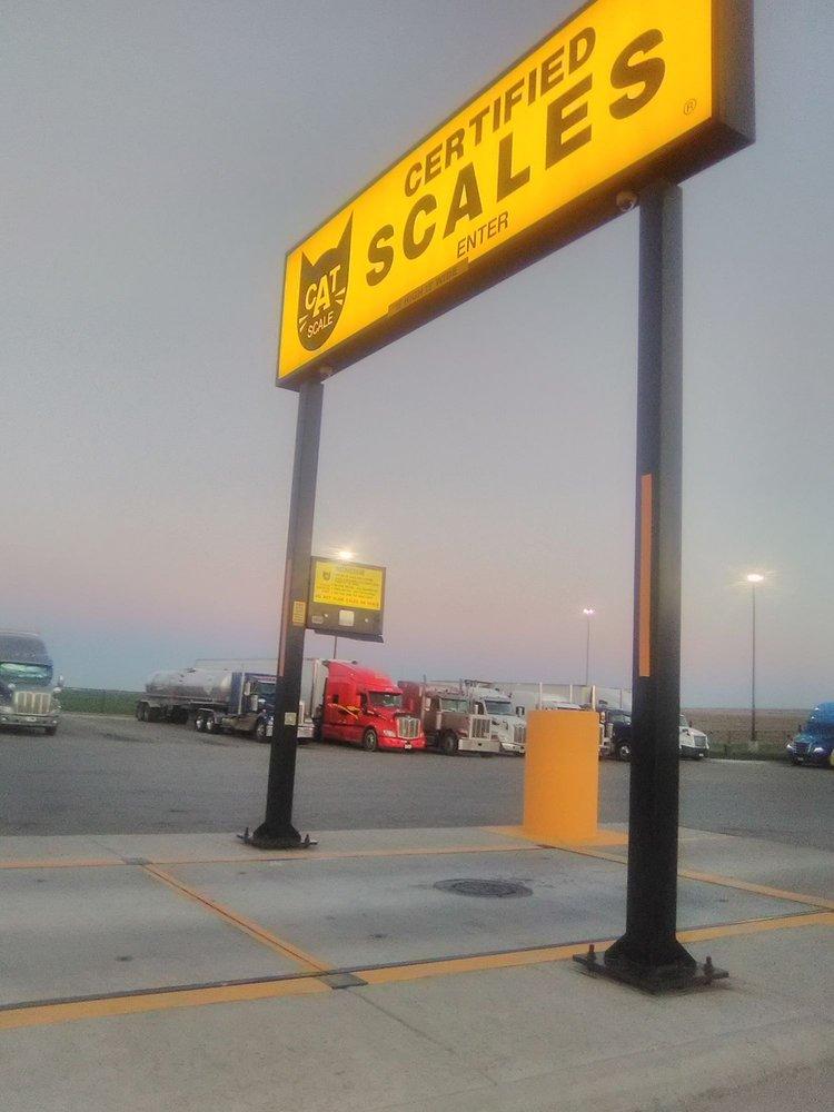 Love's Travel Stop: 445 E Leiter Ave, Cunningham, KS