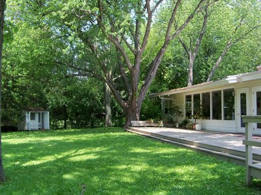 Deerfield Montessori Children's House: 1500 Wilmot Rd, Deerfield, IL