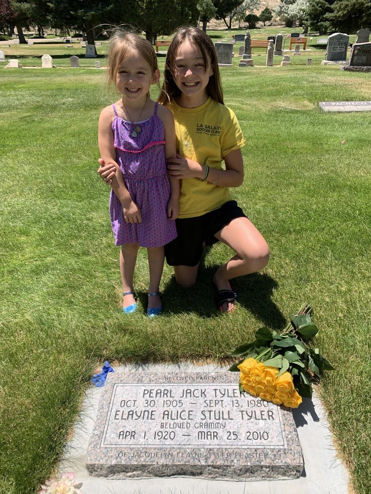Riverview Cemetery: Riverview Cemetery Rd, Green River, WY