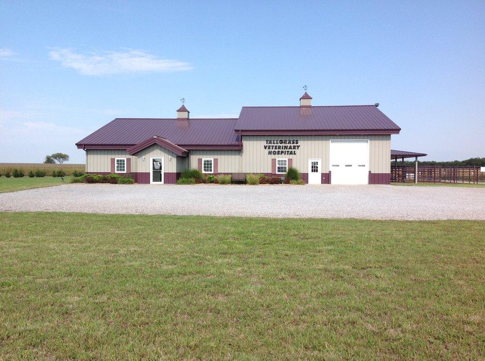 Tallgrass Veterinary Hospital PA: 1457 Union Rd, Concordia, KS