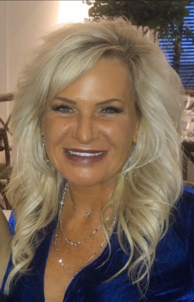 Lisa Crouse: North Oaks, MN