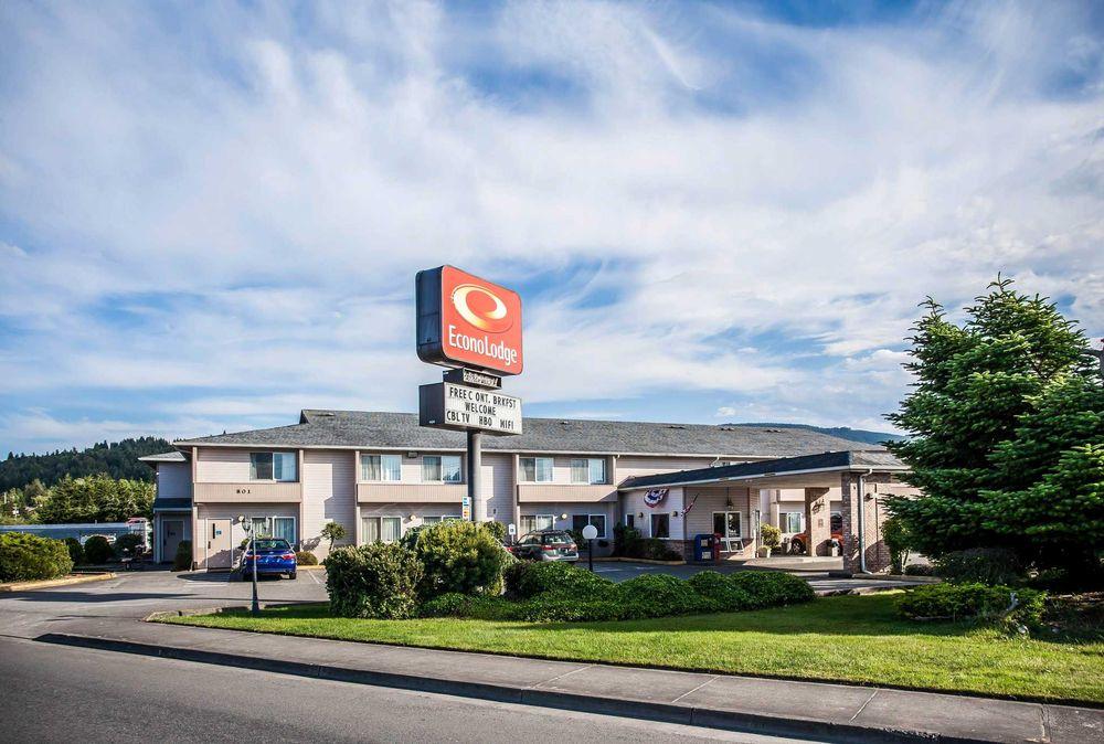 Econo Lodge: 801 E Washington St, Sequim, WA