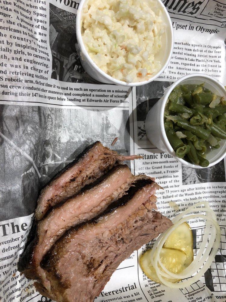 Gaskins Barbecue & Lobster: 600 Cypress Gardens Blvd, Winter Haven, FL