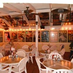 Foto Van Harbor House Cafe Sunset Beach Ca Verenigde Staten Bright Patio